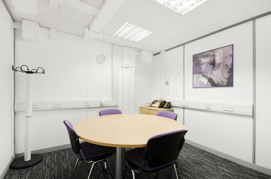 Business address service in covent garden london for Room design service